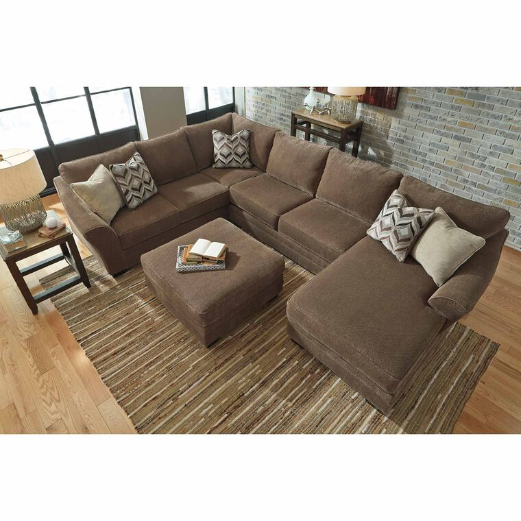 4-Piece Justyna Sectional Living Room Collection
