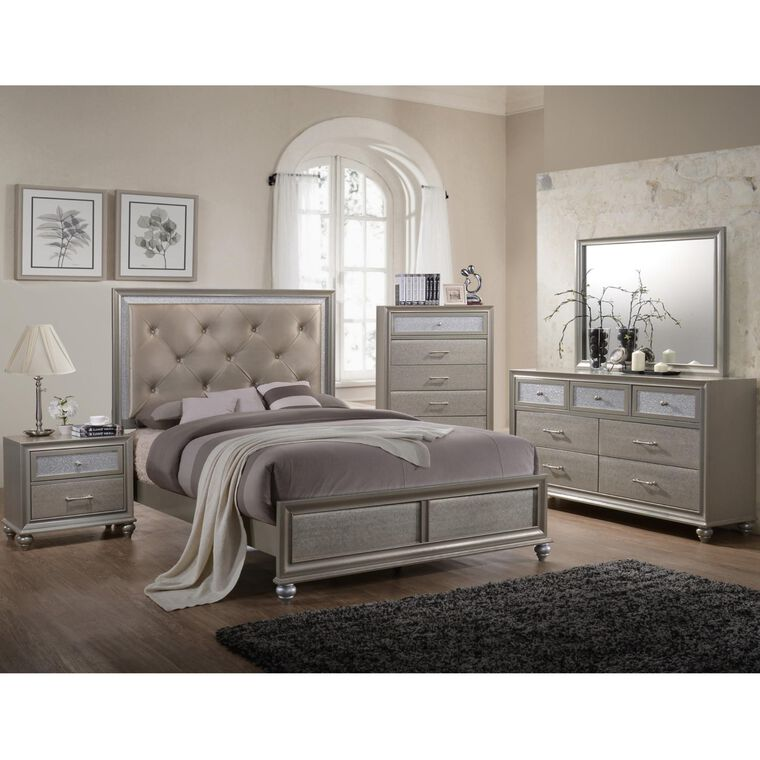 7-Piece Lila Bedroom w/Full Bed