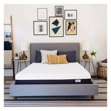 """8"""" Tight Top Firm Queen Gel Memory Foam Boxed Mattress with Mattress Protector"""