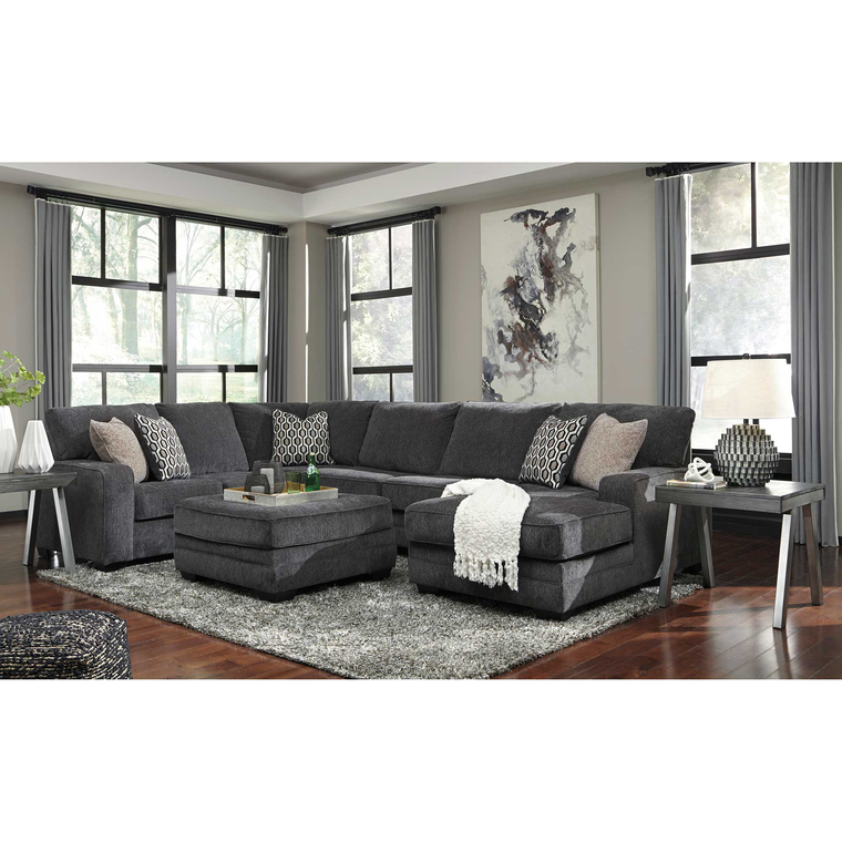 4-Piece Tracling Sectional Living Room Collection