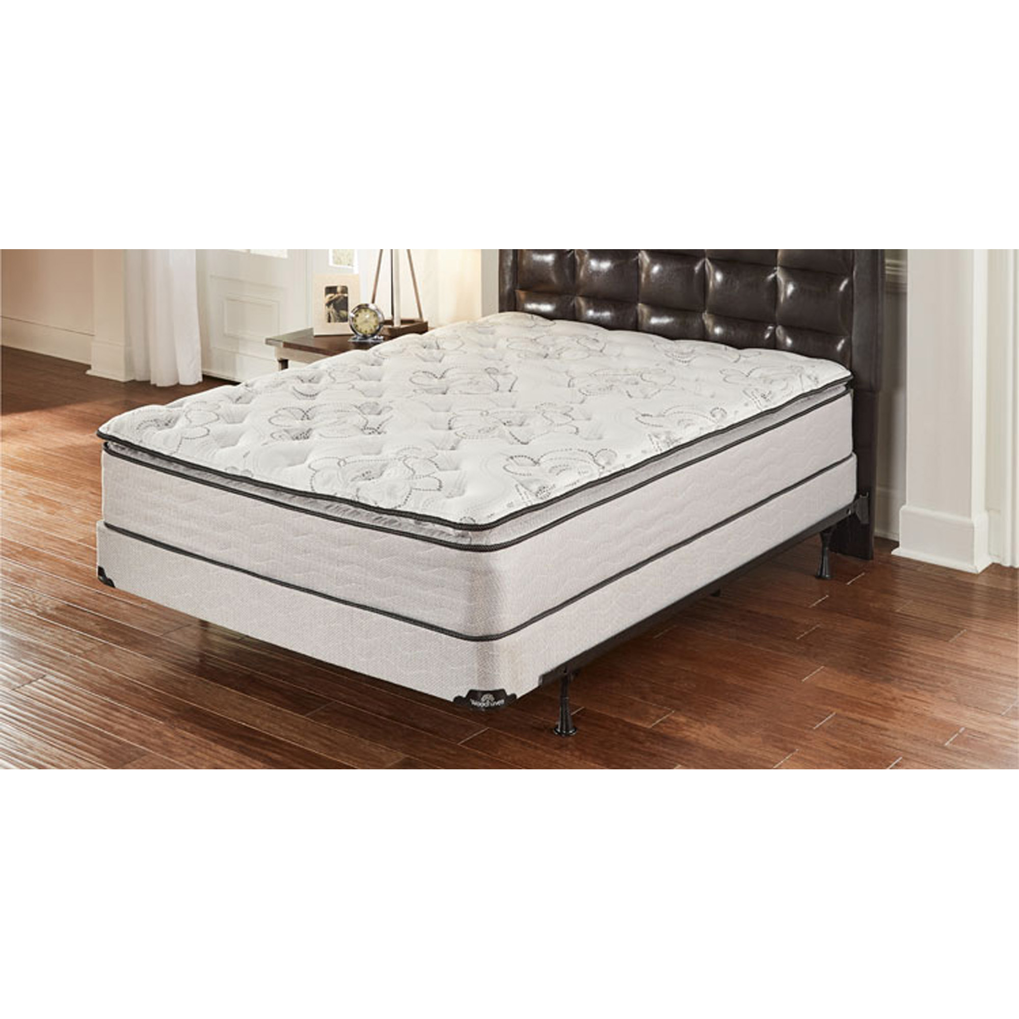 """Pillowtop Plush Queen Mattress with 9"""" Split Foundation and Protectors"""